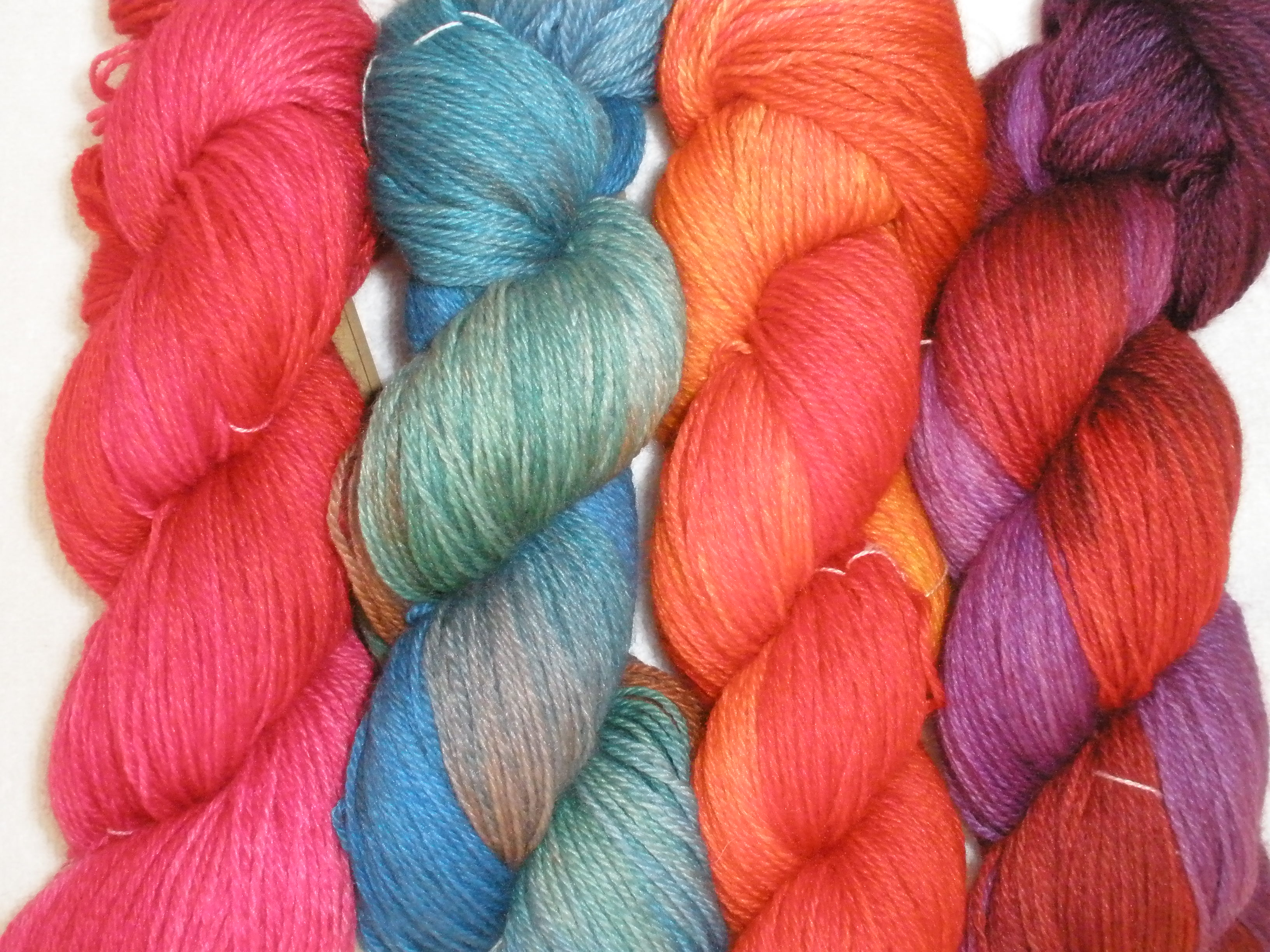 hand dyed fingering weight yarn